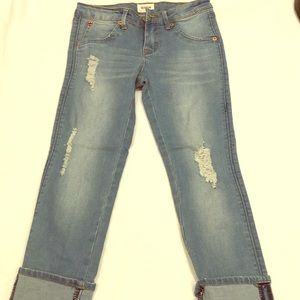 Like new cropped Hudson girl's jeans size 12